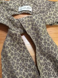 Holkham hall necktie in flaxseed leafy silk linen by Ivey Abitz