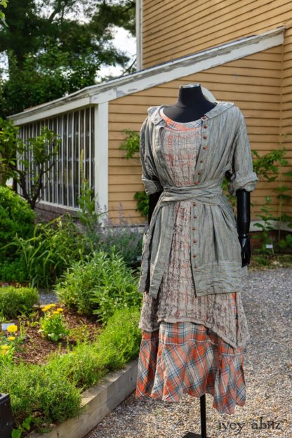 Hudson Duster Coat in Herb Garden Petite Stripe Linen; River Frock in Natural Plaid Open Weave; Hudson Frock in Sunny Seaside Washed Plaid. Ivey Abitz at Boscobel House and Gardens