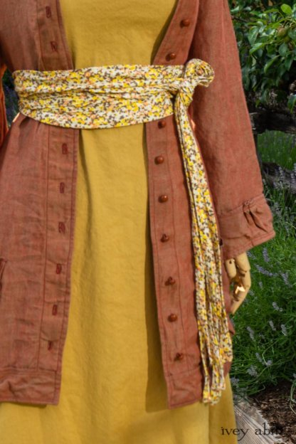 Gabled Shirt Jacket in Sunnyside Washed Linen; Porte Cochere Sash in Yellow Days Soft Floral Knit; Gabled Frock in Yellow Days Washed Stretch Weave. Ivey Abitz at Boscobel House and Gardens