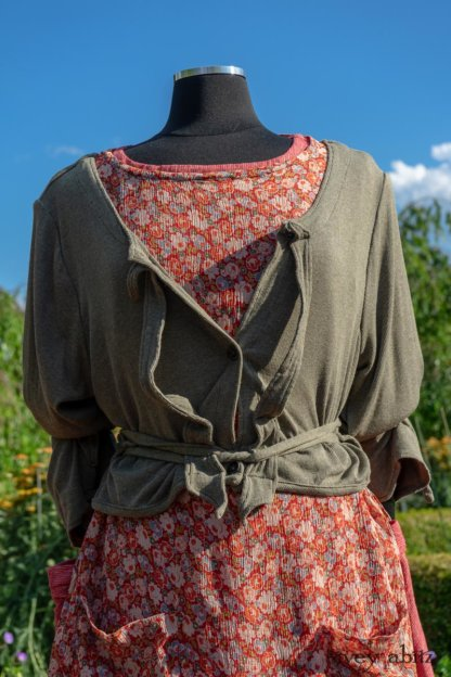 Chevallier Cardigan in Herb Garden Soft Ribbed Knit; Dennison Dress in Sunnyside Floral Silk Chiffon; Bertie Frock in Rose Garden Petite Washed Stripe. Ivey Abitz at Boscobel House and Gardens