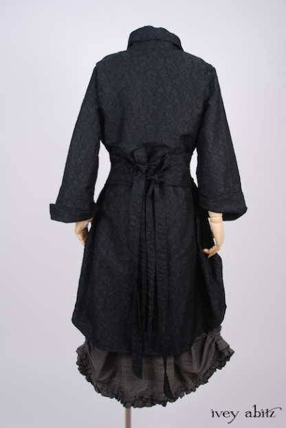 IA101 Phinneus Coat Dress in Inkwell Floral Brocade