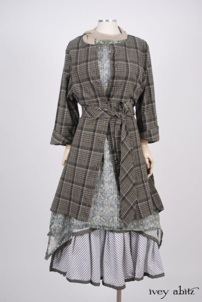 Wildefield Duster Coat - a bespoke design shown in a look by Ivey Abitz