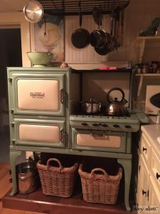 The working cooker in the Saturday Farm kitchen is all yours during your stay - and it is a joy to use.
