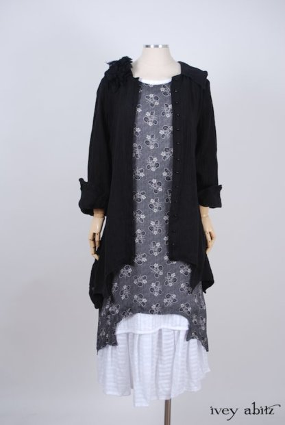 Chittister Shirt Jacket in Black Washed Gauzy Linen - Size Medium
