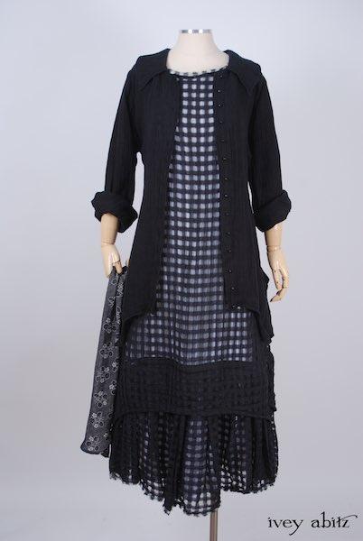 Chittister Shirt Jacket in Black Washed Gauzy Linen - Size Medium