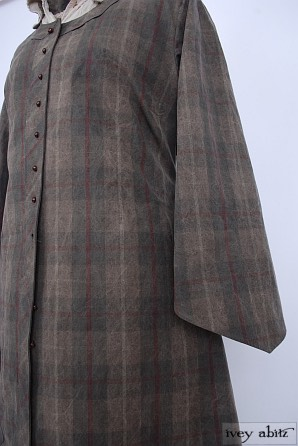 Highlands Duster Coat in Forest/Bordeaux Plaid Coat Weave - Size Medium